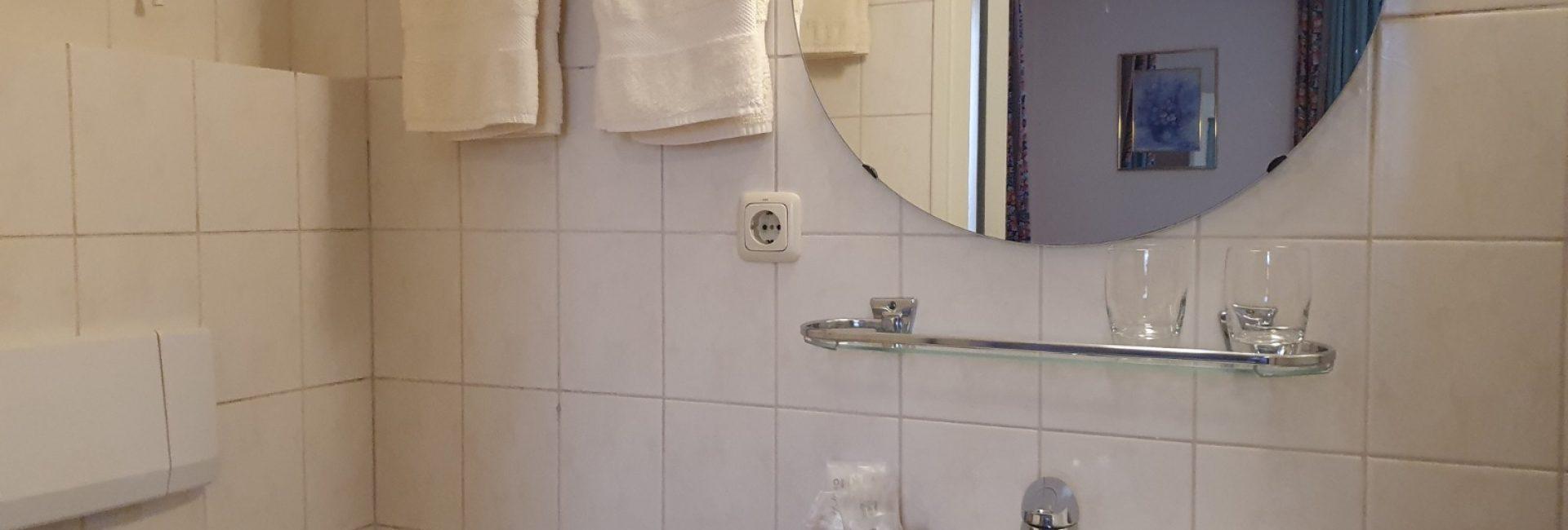 Tweepersoonskamer badkamer